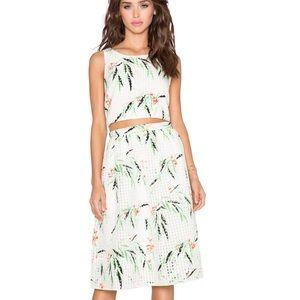NWT Elizabeth and James Avenue Leaf Print Skirt